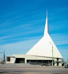 Eesti Metodisti Kirik Tallinnas Narva mnt 51 /  Estonian Methodist Church at 51 Narva Rd, Tallinn.  Arhitektid / Architects Vilen Künnapu, Ain Padrik.  Valminud / Completed 1994