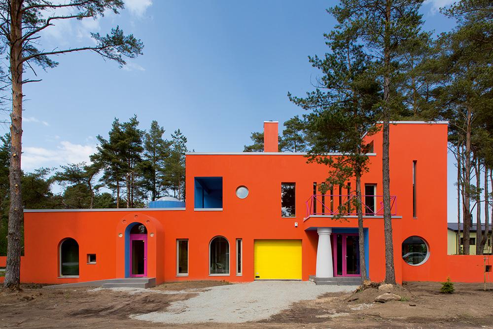 Elevandimaja Tallinnas /  Elephant House in Tallinn.  Valminud / Completed 2013