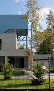 Eramu Meriväljal /  Private house at Merivälja, Tallinn.  Valminud / Completed 2004