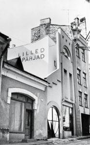 Lillepood Tallinnas /  Flower shop in Tallinn.  Valminud / Completed 1983