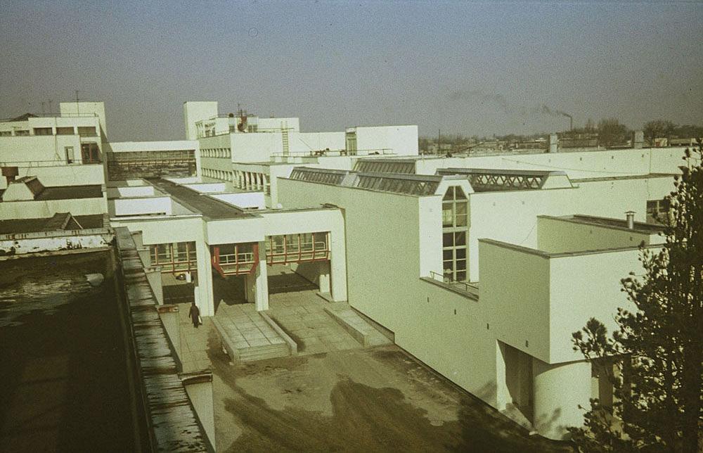 """Sanatooriumi Tervis laiendus Pärnus / Sanatorium """"Tervis"""" in Pärnu. Valminud / Completed 1976"""