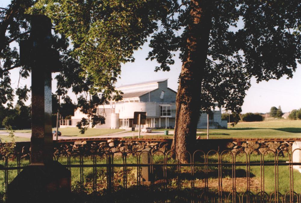 Kultuuri- ja spordihoone Peetris / Culture and sports center in Peetri. 1989
